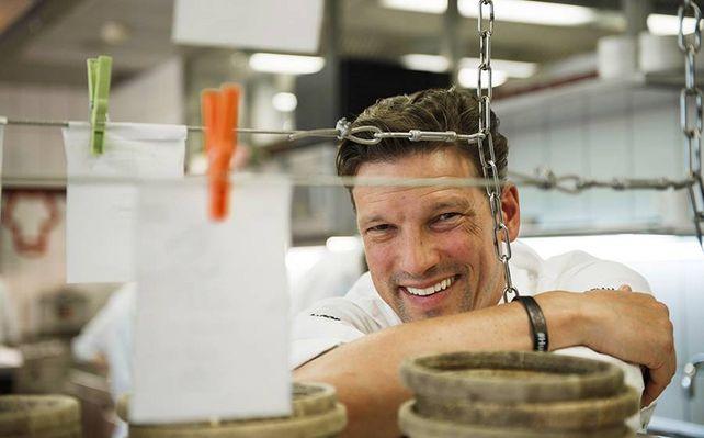 Christian Jurgens 3 Sterne Koch Mit U31 Menu Fur Junge Leute Tageskarte