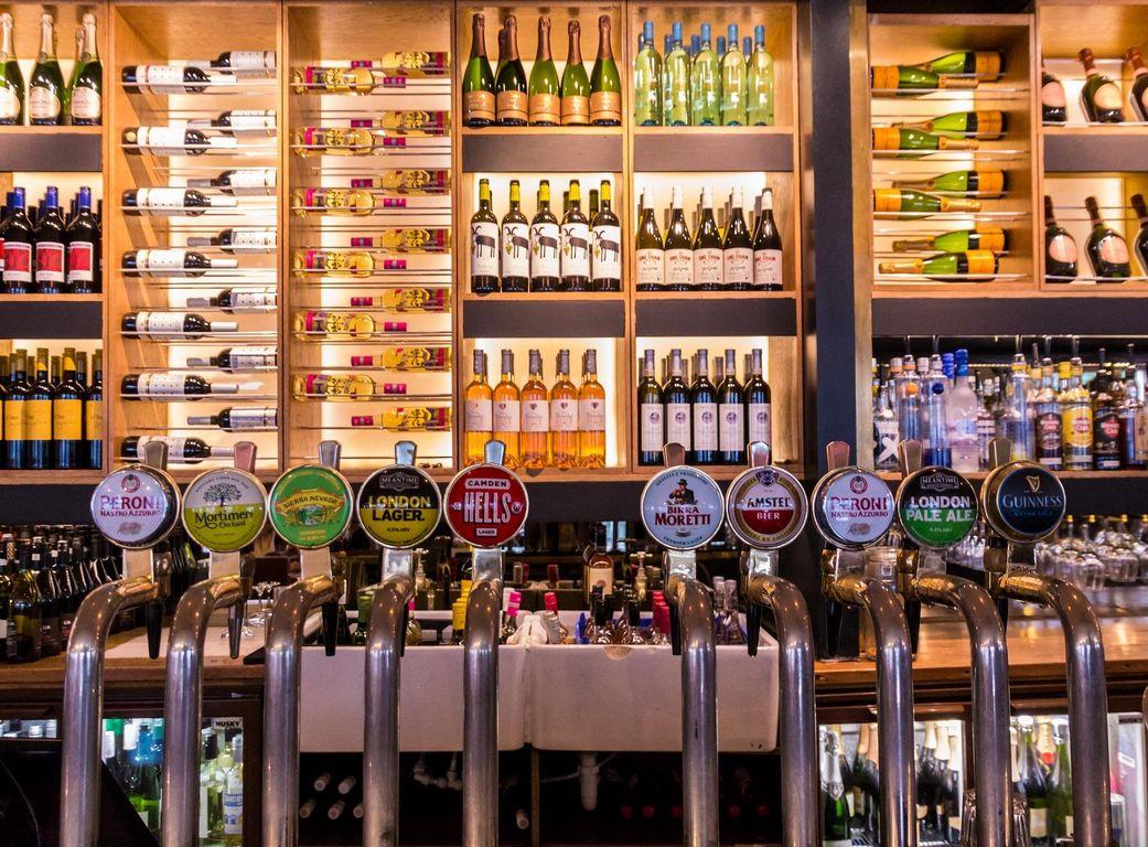 Britische Kneipenkette nimmt deutsches Bier vom Hahn: Tageskarte